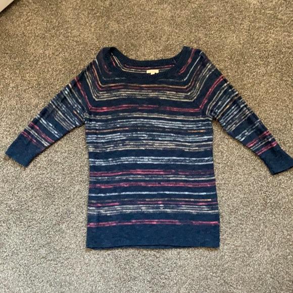 Light-weight knit top